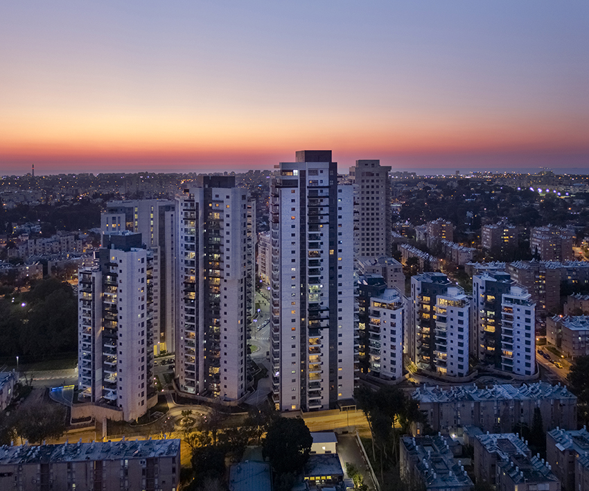 Metropolis Urban Renewal  and Real Estate Entrepreneurship - Green Park, Tel-Aviv. 447 apartments